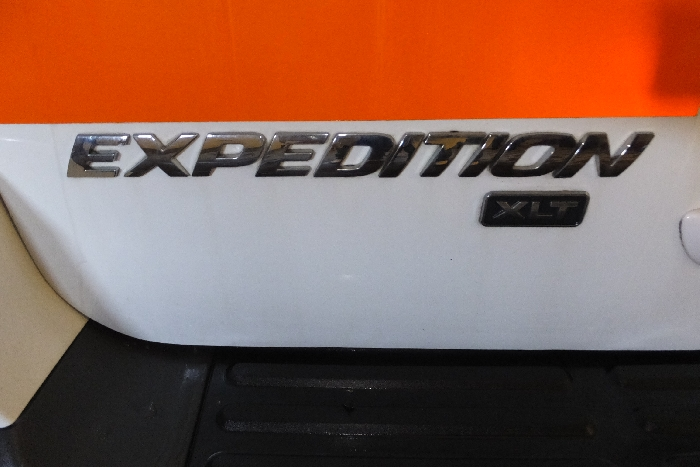 2006-ford-expedition-logo